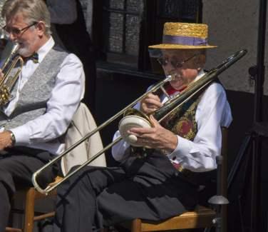 Bagshot Village Day 2014 - Mike Hillman (70)