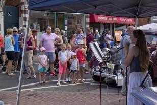 Bagshot Village Day 2014 - Mike Hillman (93)