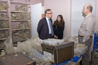 Michael Gove visit to the Surrey Heath Archaeology & Heritage Trust Centre - Mike Hillman (16)