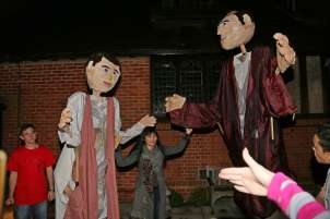 Giant Puppets - Alan Meeks - 15