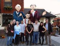 Giant Puppets - Alan Meeks - 46