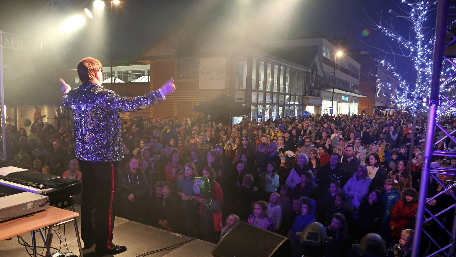 Wall Heath Christmas Lights Switch On : Camberley Xmas Lights 82 Surrey Heath Residents Network