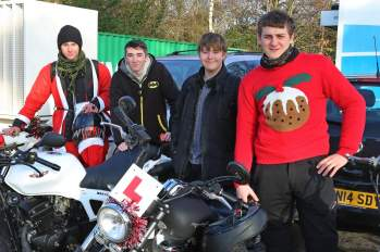 A5 Scooterists Toy run to FPH 16