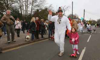 Windlesham Pram Race - Alan Meeks 11