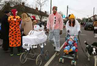 Windlesham Pram Race - Alan Meeks 12