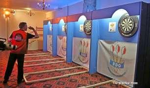 Darts Sunday afternoon - Alan Meeks 34