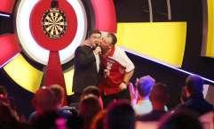 Darts Sunday afternoon - Alan Meeks 48