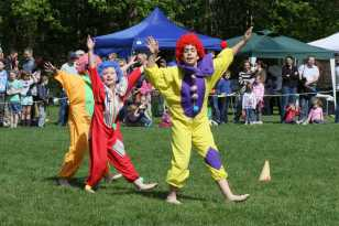 Lightwater Fete 75