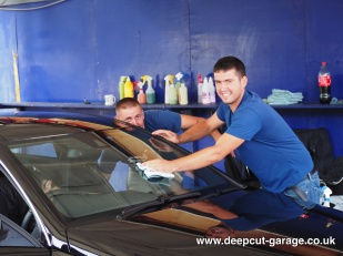 Deepcut Garage Charity Car Wash - August 2015 - 7