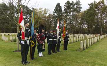 Canadian Remembrance _ Brookwood 2015 - Mike Hillman 15