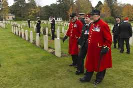 Canadian Remembrance _ Brookwood 2015 - Mike Hillman 3