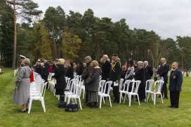 Canadian Remembrance _ Brookwood 2015 - Mike Hillman 34