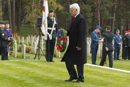 Canadian Remembrance _ Brookwood 2015 - Mike Hillman 36