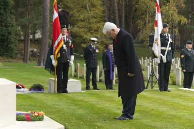 Canadian Remembrance _ Brookwood 2015 - Mike Hillman 38