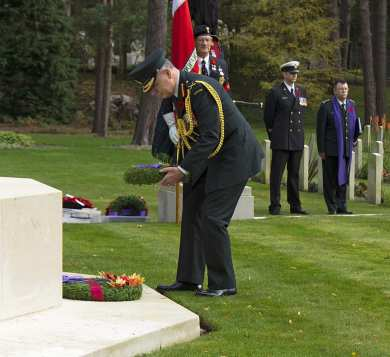 Canadian Remembrance _ Brookwood 2015 - Mike Hillman 39