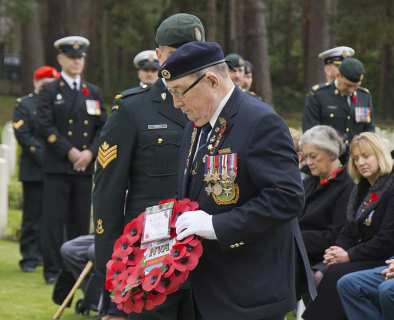Canadian Remembrance _ Brookwood 2015 - Mike Hillman 43