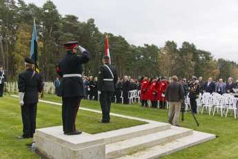Canadian Remembrance _ Brookwood 2015 - Mike Hillman 45