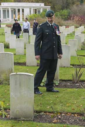Canadian Remembrance _ Brookwood 2015 - Mike Hillman 6