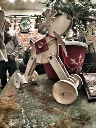 Inside Chobham Late - Christmas 2015 25