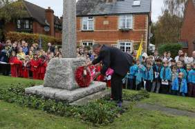 Lightwater Remembrance 2015 No 33