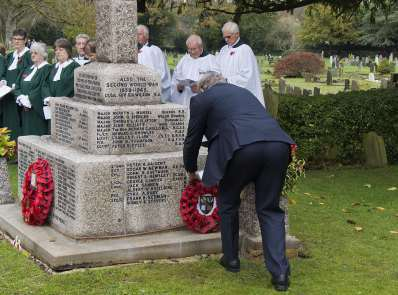 Windlesham Remembrance 2015 No 11