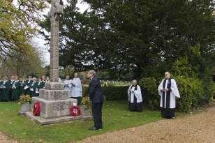 Windlesham Remembrance 2015 No 12