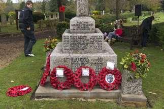 Windlesham Remembrance 2015 No 34