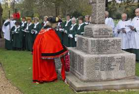 Windlesham Remembrance 2015 No 9