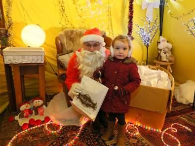 Chobham Christmas Christmas Extravaganza 7