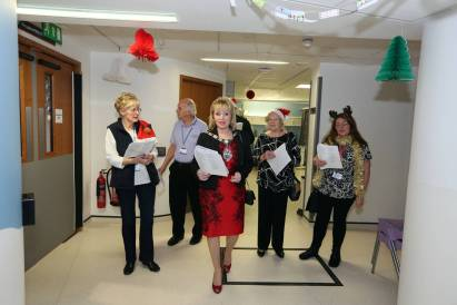 Frimley Park Hospital Carols - Alan Meeks 13
