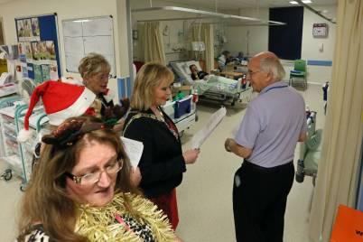 Frimley Park Hospital Carols - Alan Meeks 19