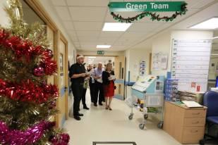 Frimley Park Hospital Carols - Alan Meeks 21