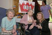 Queenie Bench at 106 15