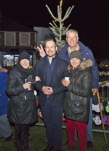 Windlesham Christmas Tree Lights 2015 - Mike Hillman 15