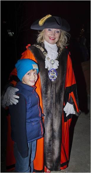 Windlesham Christmas Tree Lights 2015 - Mike Hillman 25