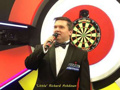 Lakeside BDO Darts 2 Jan 2016 - Alan Meeks 37