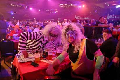 Lakeside BDO Darts 2 Jan 2016 - Alan Meeks 40