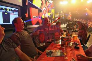 Lakeside BDO Darts 2 Jan 2016 - Alan Meeks 58