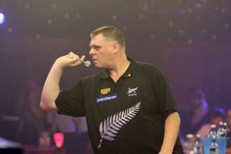 Lakeside BDO Darts 3 Jan 2016 afternoon - Alan Meeks 55