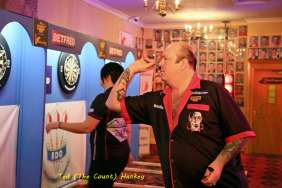 Lakeside BDO Darts 3 Jan 2016 afternoon - Alan Meeks 8