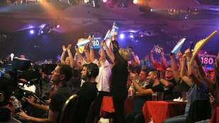 Lakeside BDO Darts 5 Jan 2016 afternoon - Alan Meeks 19