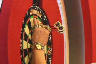 Lakeside BDO Darts 5 Jan 2016 afternoon - Alan Meeks 43