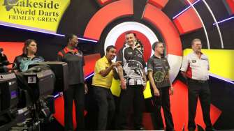 Lakeside BDO Darts 5 Jan 2016 afternoon - Alan Meeks 57