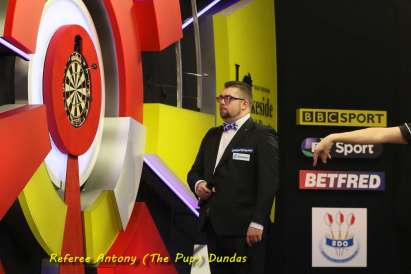 Lakeside BDO Darts 6 Jan 2016 afternoon - Alan Meeks 24