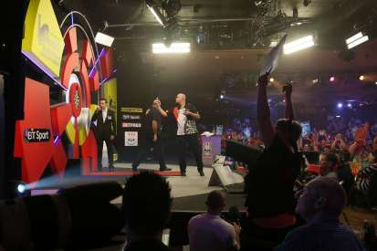 Lakeside BDO Darts 9 Jan 2016 - Alan Meeks 17