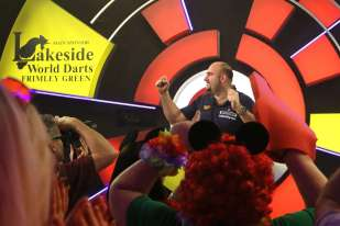 Lakeside BDO Darts 9 Jan 2016 - Alan Meeks 20