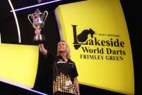 Lakeside BDO Darts 9 Jan 2016 - Alan Meeks 38