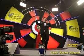 Lakeside BDO Darts 9 Jan 2016 - Alan Meeks 6