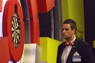 Lakeside BDO Darts 9 Jan 2016 - Alan Meeks 62