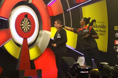 Lakeside BDO Darts 9 Jan 2016 - Alan Meeks 66